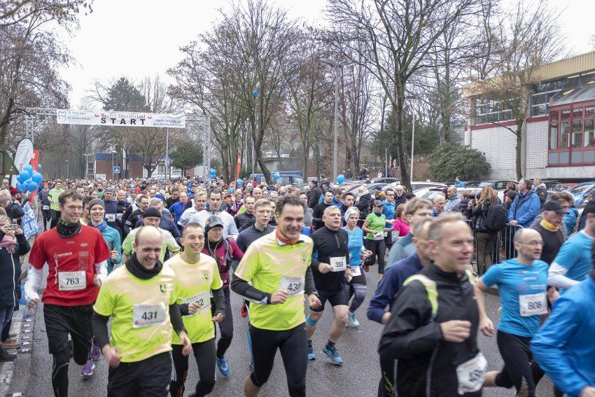 Der 41. Herner Silvesterlauf im Gysenberg in Herne (NW), am Montag (31.12.2018). Die Traditionsveranstaltung wird vom LC Westfalia Herne organisiert.
