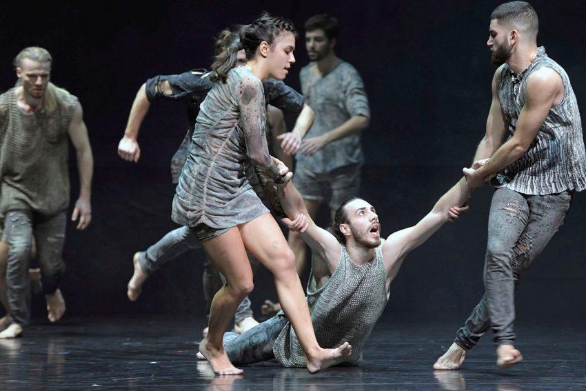 Tanzabend Les Noces / Sacre: Beklemmende Intensität beim Frühlingsopfer: Sacre.