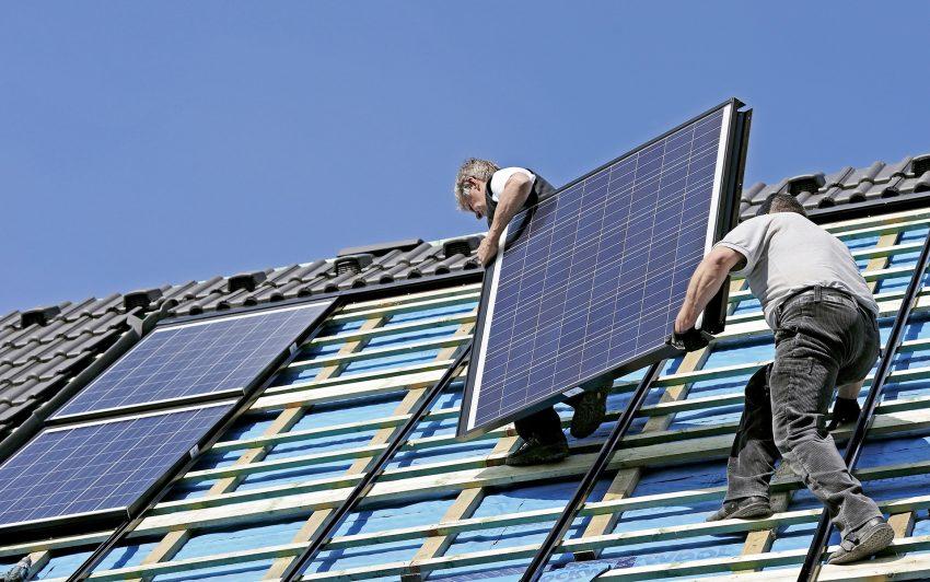 Beratung zu Solaranlagen und Speichertechniken.