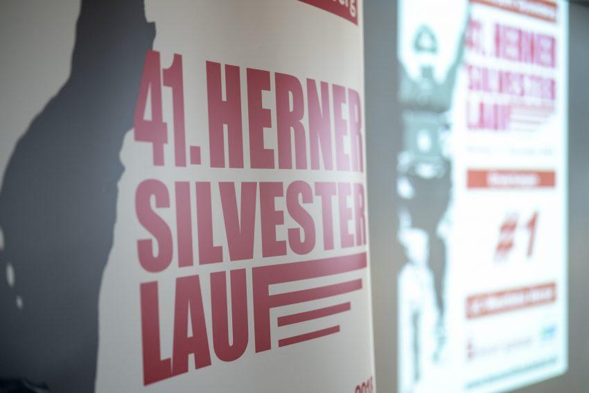 Pressekonferenz zur Vorstellung des diesjährigen Silvesterlaufs des LC Westfalia Herne am Montag (10.12.2018) in Herne (NW). Die Veranstalter gaben einen kurzen Rückblick auf den 40. Herner Silvesterlauf und Ausblicke zur Organisation und zum Ablauf des kommenden Laufs im Gysenberg Park.