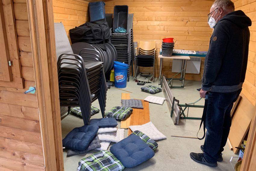 In die Holzhütte des Minigolfclubs in Eickel wurde eingebrochen.