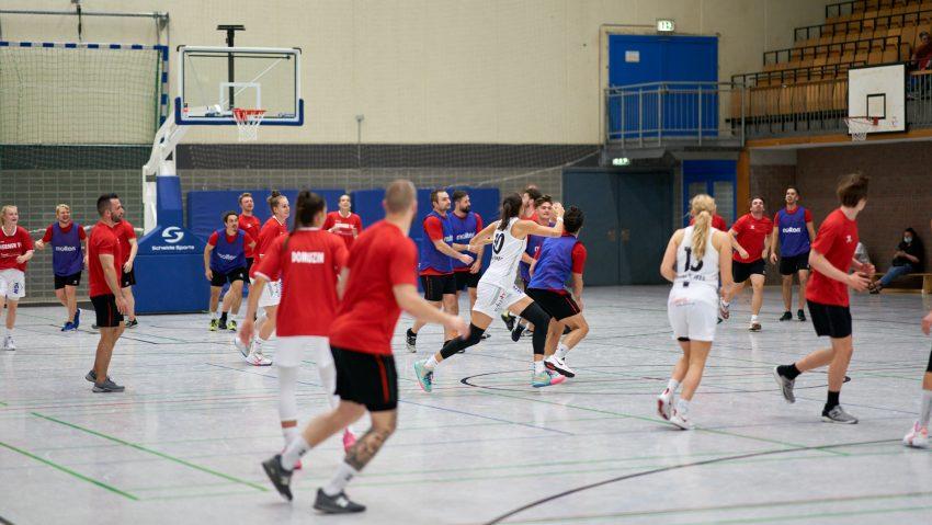 HTC Basketballerinnen spielen gegen die HEV Miners ein lockeres Basketballspiel am Mittwoch (8.9.2021). Die Basketballerinnen gewannen 39:33.