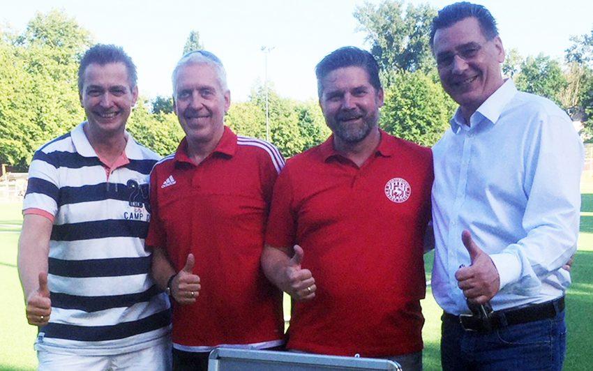 Kai Gera, Mathias Röder (Geschäftsführer der Spfr Wanne-Eickel), Markus Rohmann, Udo Sobieski.