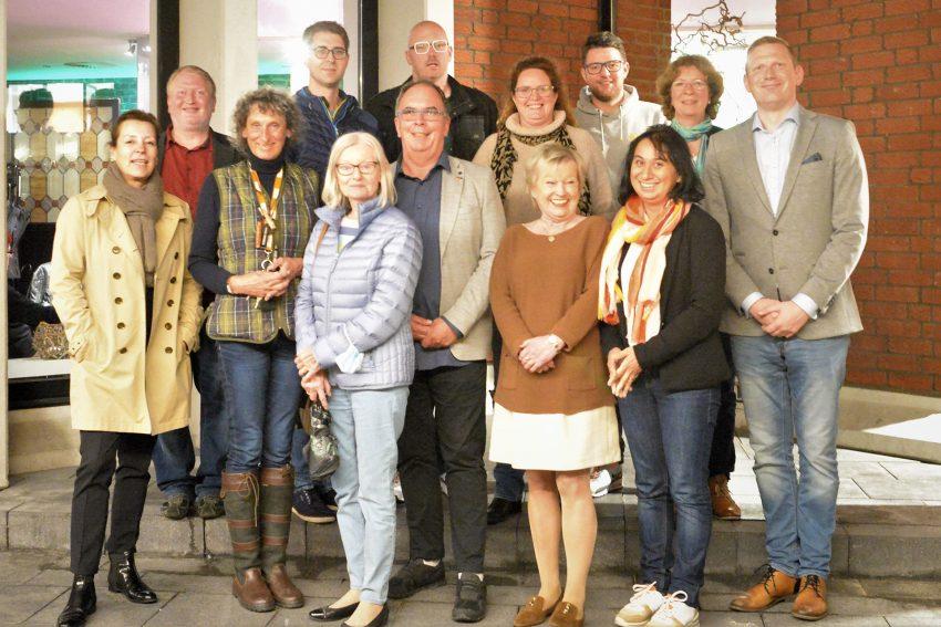 Der Ortsverband Herne-Zentrum hat einen neuen Vorstand gewählt.Radicke wählten die Mitglieder des Ortsverbandes Frank Heu erneut zum Vorsitzenden.