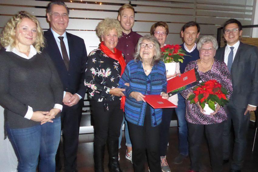 SPD Herne Stamm ehrt treue Mitglieder.