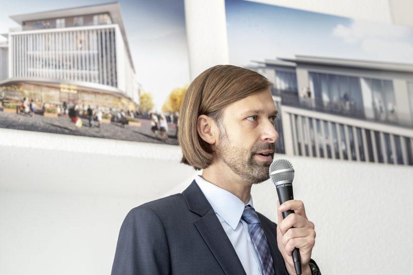 Dipl.-Ing. (Bauingenieur FH) Thomas Binsfeld, Mitglied der Geschäftsleitung / Prokurist der Landmarken AG (Aachen).