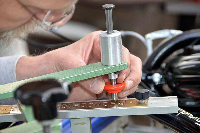 Der ADFC bietet die Codierung von Rädern an.
