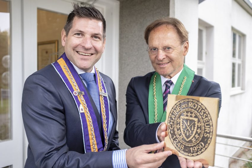 Die Gute Stube ist Mitglied der Chaine des Rotisseurs. v.l. Jan Hendrik van Dillen, Günter Naroska.