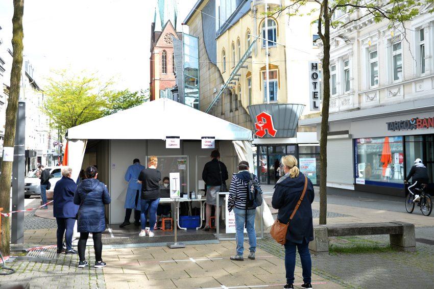 Das Testzentrum der Neuen Apotheke auf der Herner Bahnhof Straße.