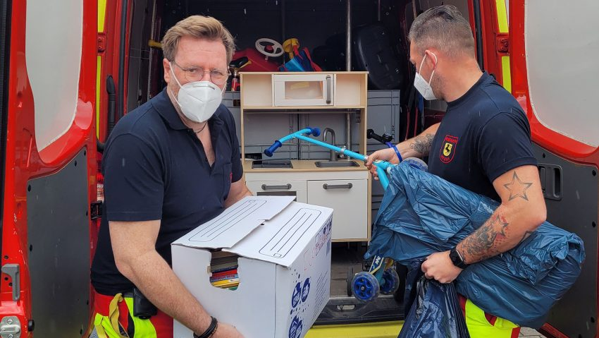 Spielküche Spende für den kleinen Joel von der Feuerwehr Herne.