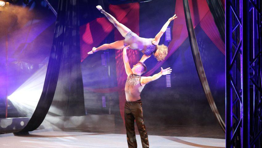 Proben und Aufnahme zur Vorbereitung vom Livestream des Circus Schnick-Schnack am 2.6.2021, mit dabei Julia Torggler und Christian Stoll.