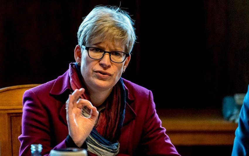 Dr. Regine Schmalhorst.