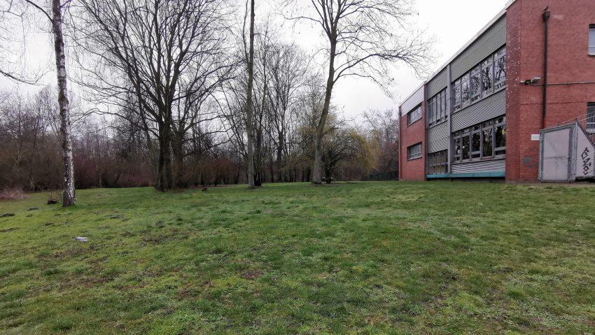 Potenzielle neue Fläche für den Circus Schnick-Schnack am Jürgens Hof, neben der Grundschule.