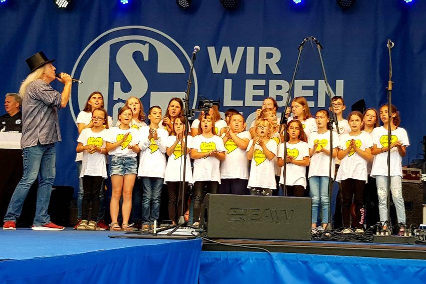 Graf Hotte und die Sunrise Kids auf Schalke.