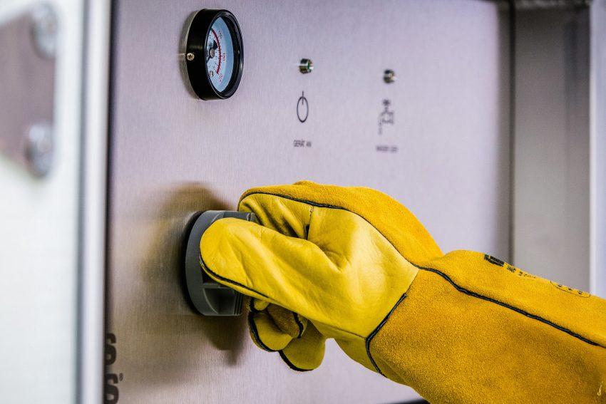 Neuer Flächenreinigungs- und Desinfektionsaufbau für den Tropos ABLE Elektrotransporter.