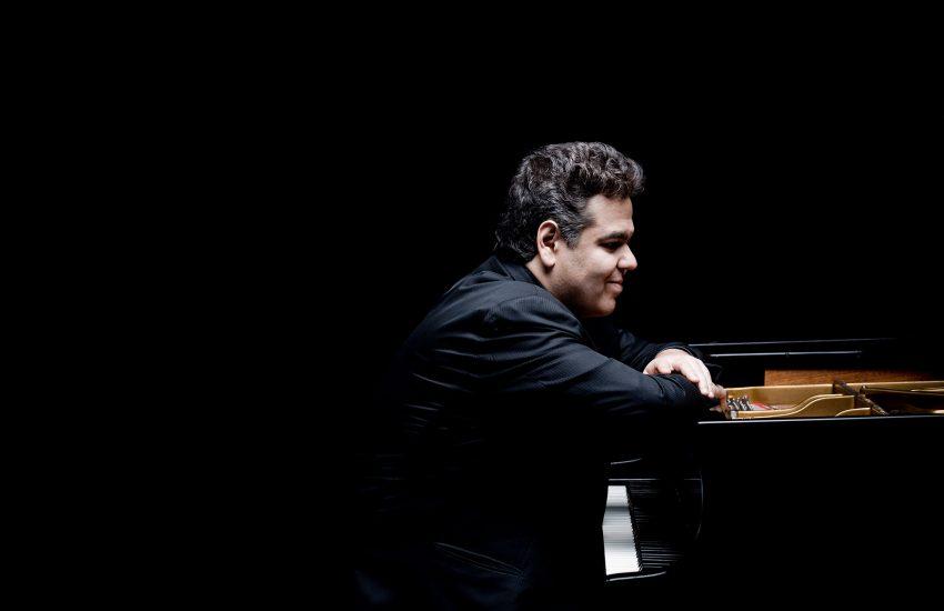 Pianist Arcadi Volodos kommt ins Kulturzentrum.
