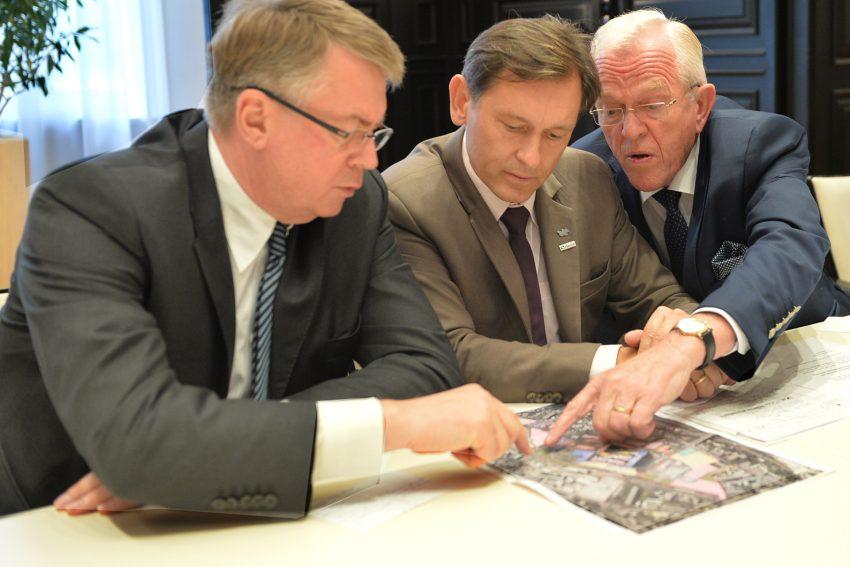 Pressekonferenz im Casino der RAG zum Verkauf des Geländes an die FAKT AG.