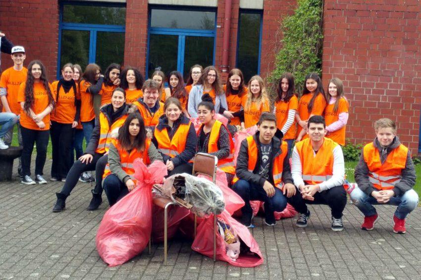 Die Müllengel der Gesamtschule Wanne-Eickel.