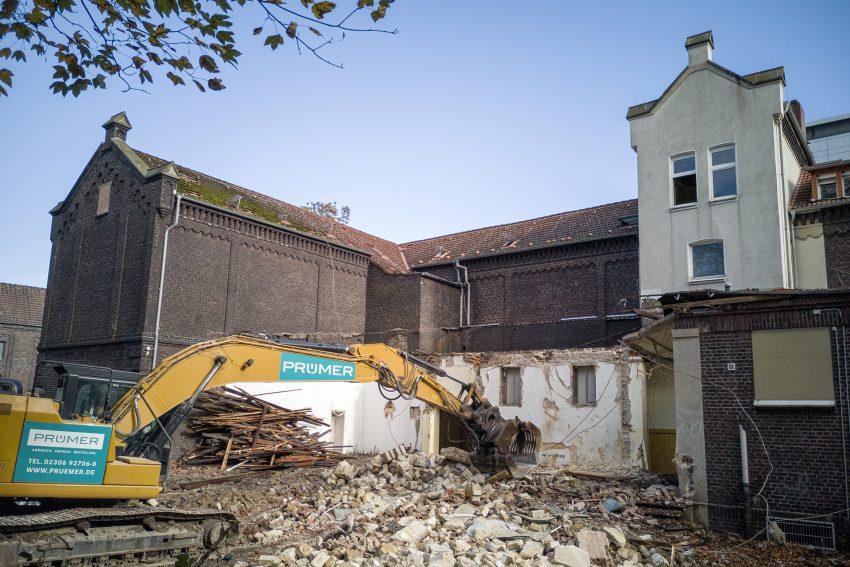 Die ehemalige Grundschule am Berliner Platz in Herne (NW), am Montag (21.10.2019). Nach 130 Jahren wird das alte Schulgebäude nun abgebrochen.