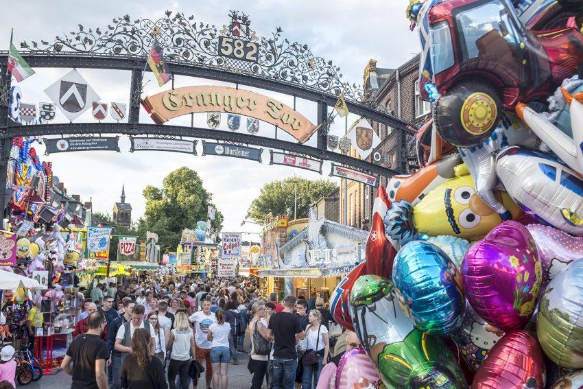 Eröffnungstag der 582. Cranger Kirmes in Herne (NW), am Donnerstag (03.08.2017). In diesem Jahr startet das größte Volksfestes in NRW bereits einen Tag früher.