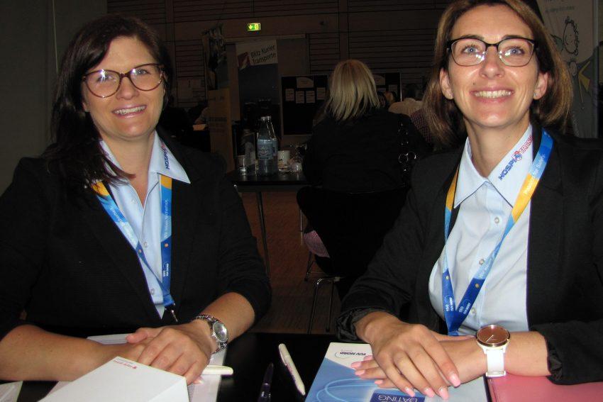 v.l. Eike Danielzik und Nina Lenz von HospiTrans.