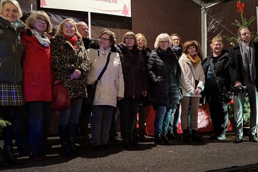 Gruppenbild mit Vertretern der Vereine. Herner Förderturm vergibt insgesamt 25.000 Euro.