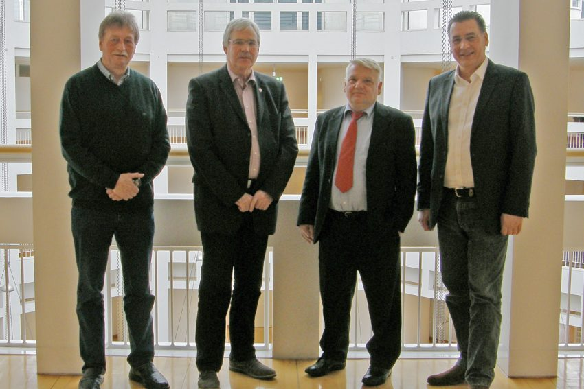 v.l. Martin Kuhn (stellv. Vorsitzender SPD-Fraktion Witten), Dr. Peter Reinirkens (Vorsitzender SPD-Fraktion Bochum), Norbert Schilff (Vorsitzender SPD-Fraktion Dortmund) und Udo Sobieski.