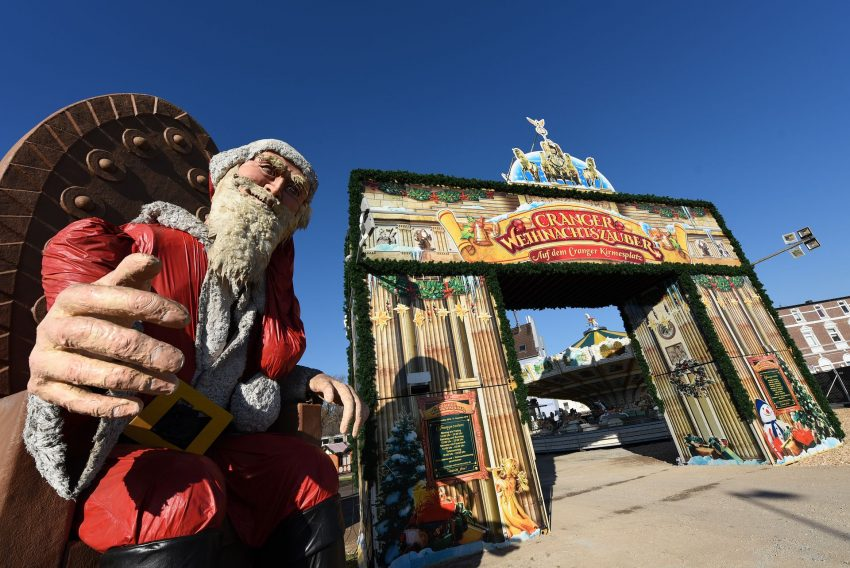 Aufbau des Cranger Weihnachtszaubers - Eine Woche vor der Eröffnung