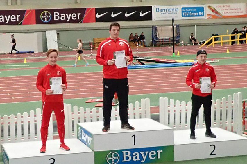 NRW-Meister - Nicklas Droege gewinnt bei den NRW Winterwurf-Meisterschaften in Leverkusen den Titel im Speerwurf.