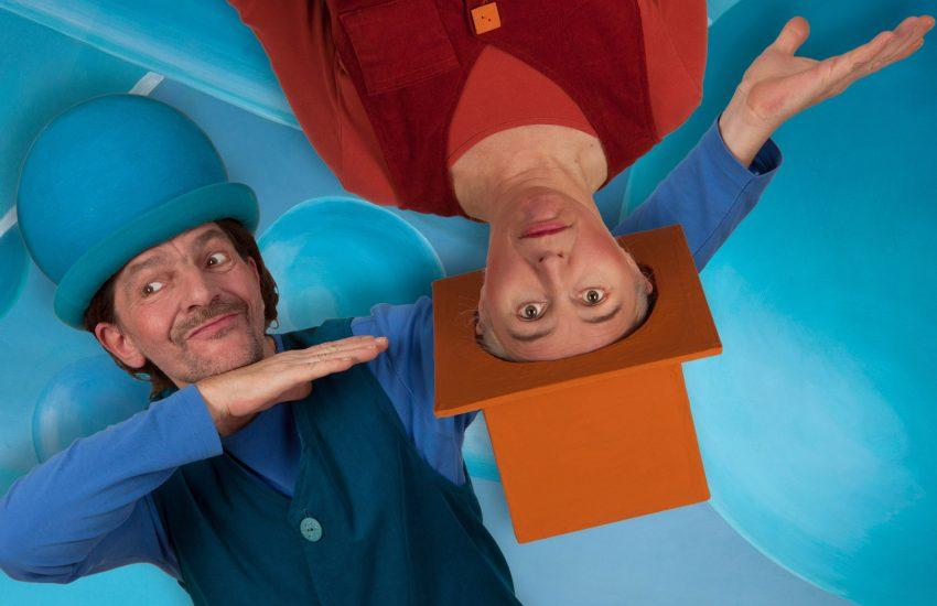 Das Theater L'una gastiert mit dem Stück 'Sesam öffne' dich in der Musikschule.