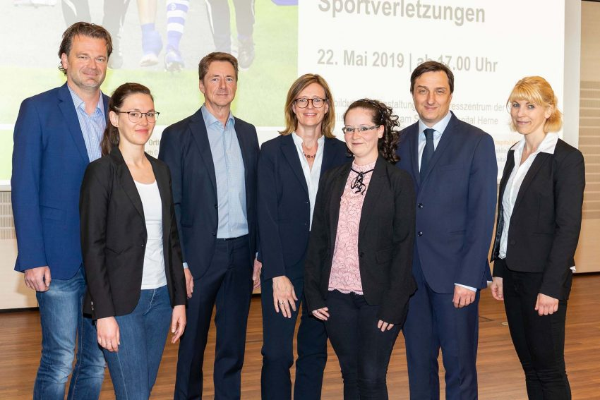 Ärzte-Team informierte die Teilnehmer über Diagnose- und Therapiekonzepte in der Behandlung von Sportverletzungen.