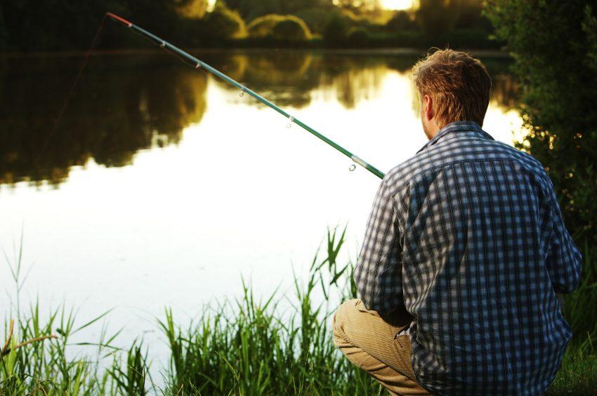Viele Angler finden Entspannung in der Natur.