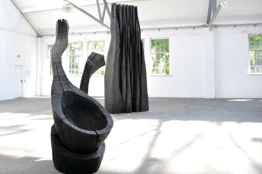 Kunst und Kohle-Ausstellung: Werke des Englichen Künstlers David Nash.
