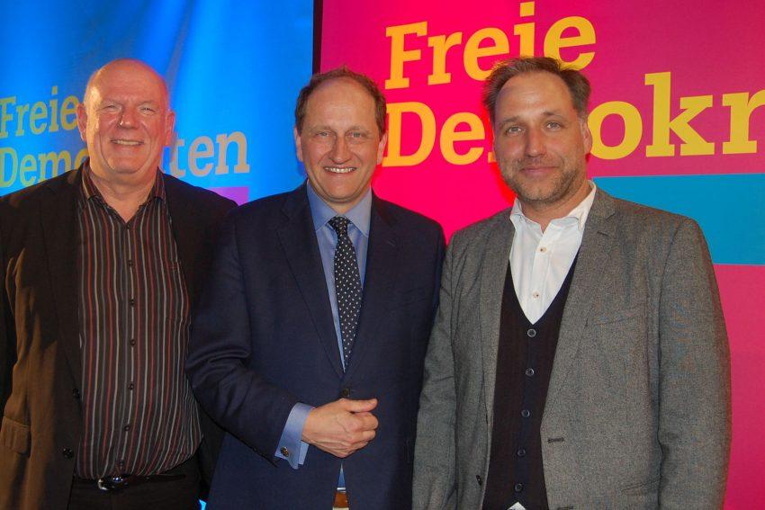 FDP Aschermittwoch 2019: v.l. Thomas Nückel, Alexander Graf Lambsdorff, Thomas Bloch.