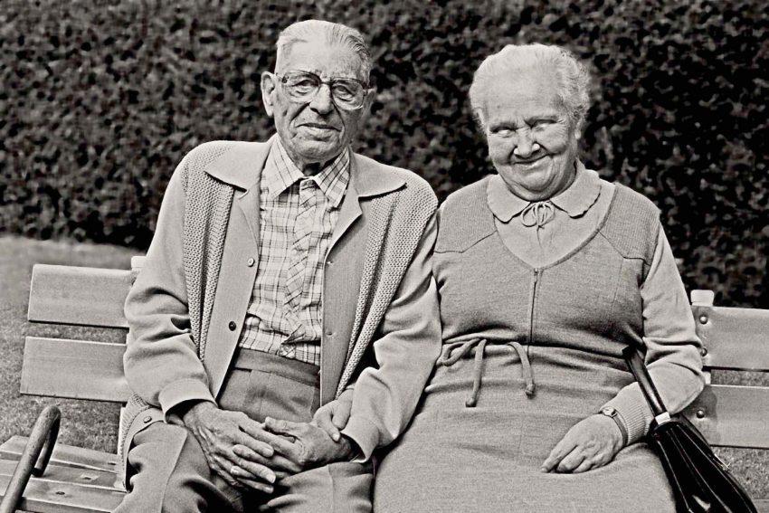 Bessmoder und Bessvader bezeichnen die Großmutter und den Großvater.