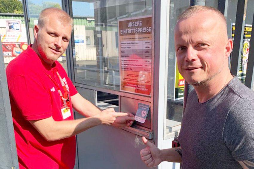 v.l. DSC-Vorstand Torsten Fäller und Thorsten Habel.
