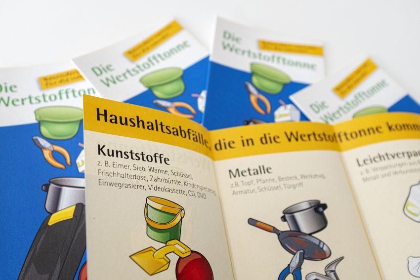 Entsorgung Herne plant zum 1. Januar 2022 die Einführung der Wertstofftonne anstelle der Leichtstoffverpackungs-Sammlung über die gelben Säcke. Aufnahme am Wertstoffhof an der Südstraße in Herne (NW), am Donnerstag (17.06.2021).