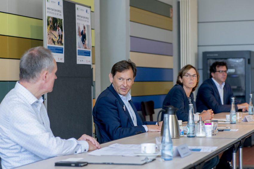 v.l. Bernd Zerbe, Dr. Frank Dudda , Birgit Westphal, Martin Krause.