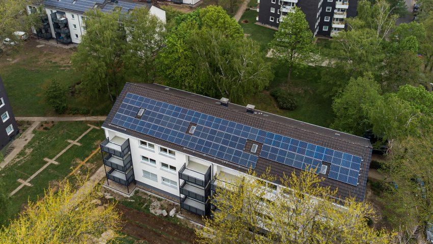 Für das 1.000 Dächer-Programm vom Wohnungsunternehmen Vonovia gibt es neue Photovoltaikanlagen in Herne.