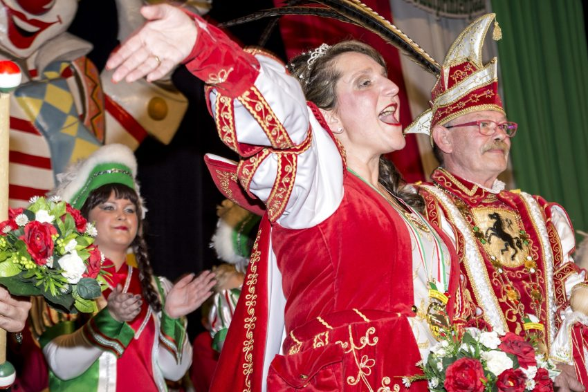 Karnevalistischer Frühschoppen im Kulturzentrum.