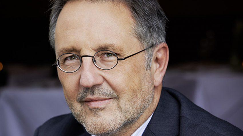 Rainer Moritz nimmt am ersten Stream aus dem Literaturhaus teil.