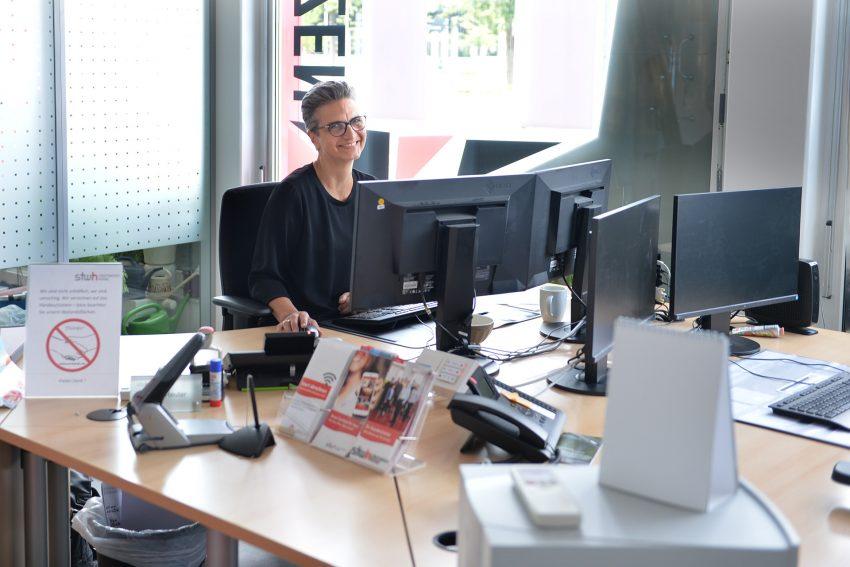 in den neuen Räumen des Stadtwerke Kundencenters, Beraterin: Katja Reuter.