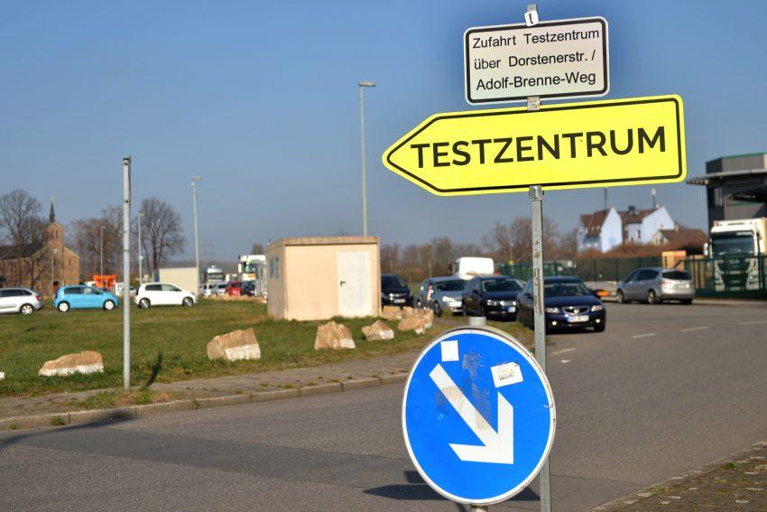 Das Testzentrum auf dem Cranger Kirmes Platz ist ab sofort über den Adolf-Brenne-Weg zu erreichen.