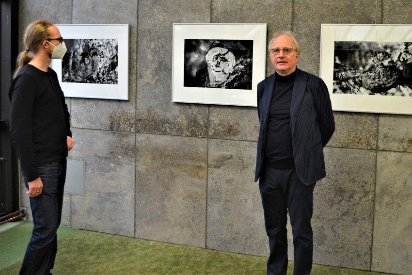 Heinrich Brinkmöller-Becker (r.) in der Bochumer Ausstellung.
