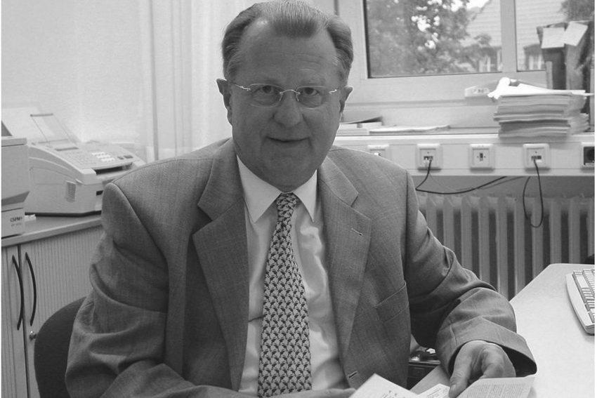 Dr. Gerhard Wolf (FDP) gestorben.