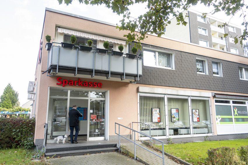 Die Filiale Baukau der Herner Sparkasse an der Germanenstraße in Herne (NW), am Donnerstag (07.10.2021). Sie wird, wie auch die Filiale an der Bielefelder Straße in Holsterhausen, geschlossen.