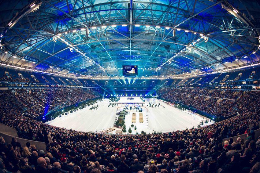 Weihnachtssingen in der Arena auf Schalke.