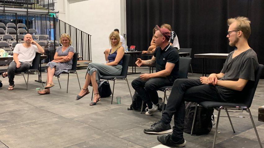 Bei der Vorstellung von Europefiction 2020: (v.li.) Manuel Moser (künstlerische Leitung), Gabriele Kloke (Kohlenpott Theater), Inga Sponheuer (künstlerische Leitung), Projektleiter Florian Heller und Piet Meußling