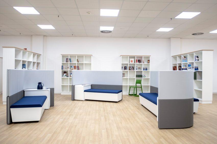 Leseecke und Bibliothek im neuen Wewole FORUM im City Center in Herne (NW), am Montag (14.01.2019).
