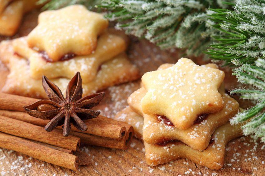 In Herne sind Zimtsterne eine beliebte Spezialität in der Weihnachtsbäckerei. Neben der besonderen Geschmacksnote regt die namensgebende Zutat auch den Appetit an, fördert die Verdauung und hilft bei Magen-Darm-Beschwerden.
